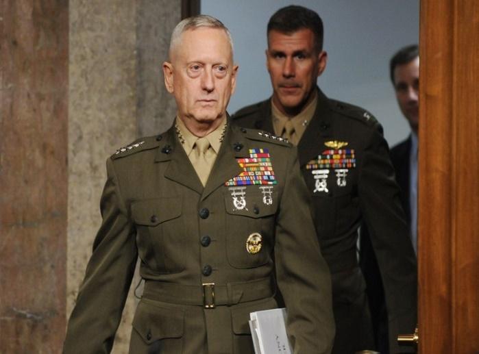 Министр обороны США посетил демилитаризованную зону между КНДР и Южной Кореей