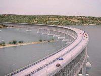 Назад в СССР: Россия привлекла студентов к строительству Керченского моста