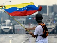 МВФ прогнозирует, что инфляция в Венесуэле в 2018 году достигнет 2300%