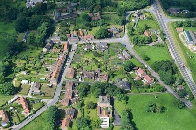 На аукционе продали деревню в Великобритании