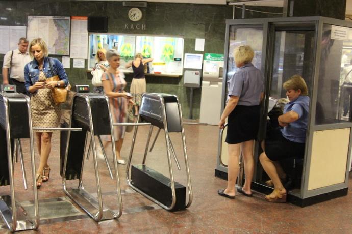 Вводится тотальная слежка за пассажирами в метро, — Кличко