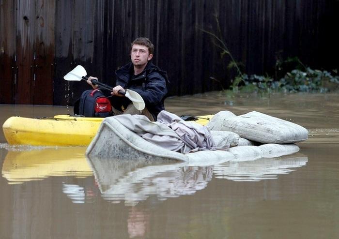Наводнение в Калифорнии: город Сан-Хосе ушел под воду, людей эвакуируют