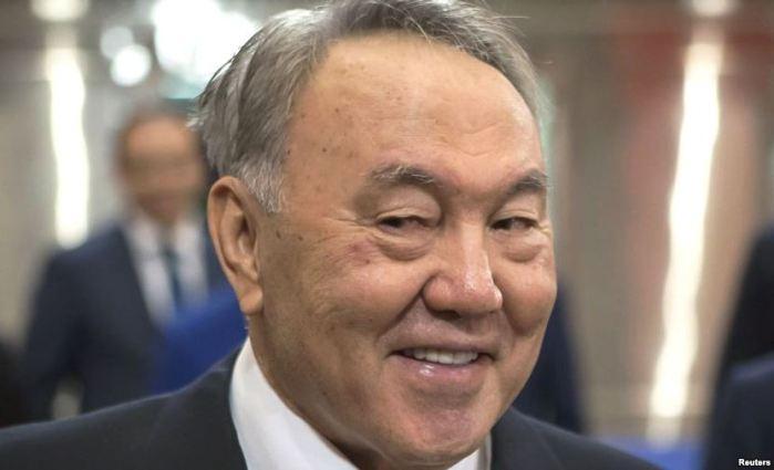 Президент Казахстана Назарбаев готовится к нефти по 30 долларов за баррель