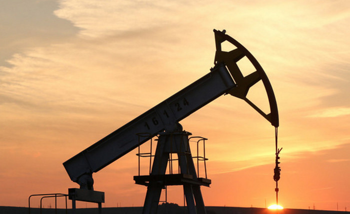 Нефть Brent превысила $55: впервые за 16 месяцев