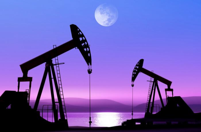 Нефть марки Brent превысила цену в 60 долларов за баррель впервые за два года