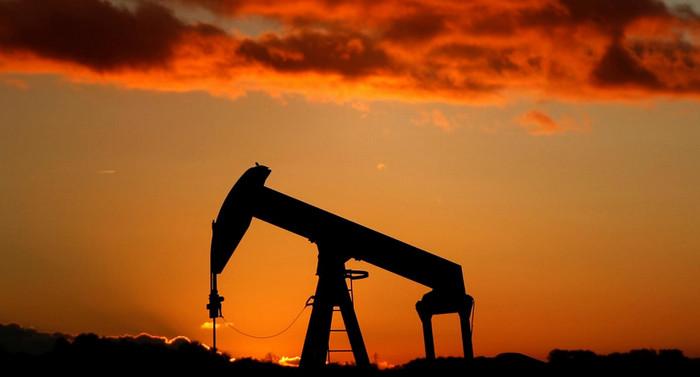 Нефть поднялась выше 56$ после сокращения экспорта из Саудовской Аравии
