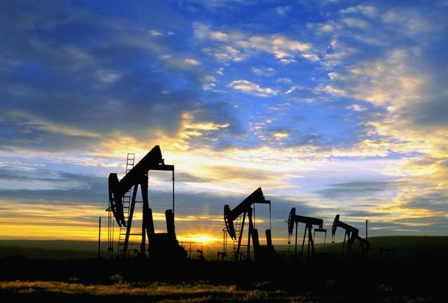 24 августа обвал цен на нефть не остановить: Brent дошла до $42,54, WTI опустилась ниже $38