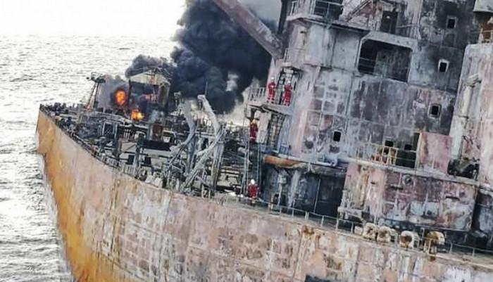 Нефтяное пятно в Восточно-Китайском море угрожает экологической катастрофой