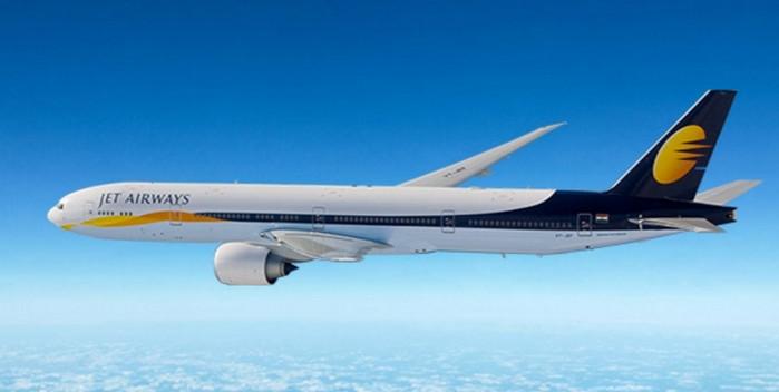 Немецкие истребители перехватили индийский Боинг-777 недалеко от Кельна