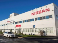 Падение спроса на авто в РФ привело к остановке заводов Nissan, Ford и Volkswagen