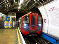 Сегодня начинает работать ночное метро в Лондоне
