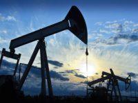 Ноябрьская добыча нефти странами ОПЕК снизилась на 300 тысяч баррелей в сутки