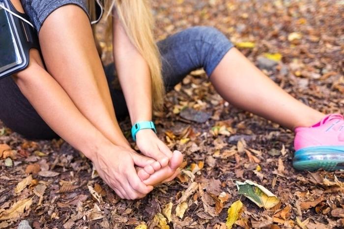 fdlx.com Что делать, если обувь натирает щиколотку, пятку, пальцы. Простые советы: что помогает от натирания обуви