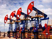 Обвал цен на нефть заставляет Россию забыть о заморозке ее производства, – FT