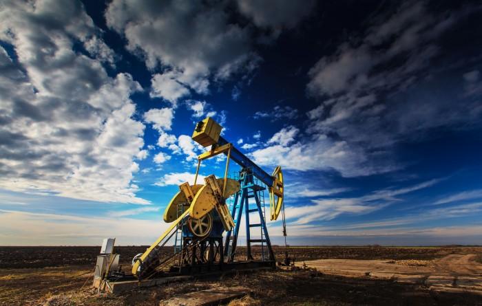 8 апреля цены на нефть пошли на спад: влияние оказывает США и Саудовская Аравия