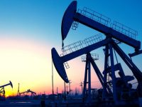 Впервые с октября 2015 года нефть Brent перевалила за 52 доллара