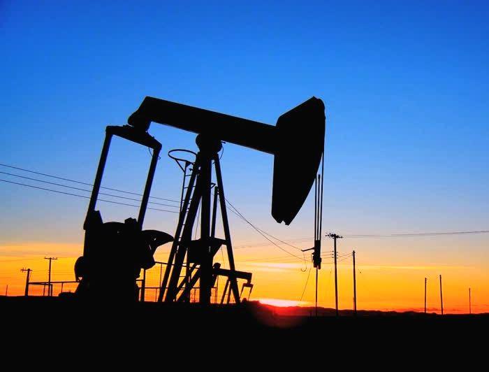 15 октября цены на нефть падают: Brent идет к $49, WTI упала ниже $46