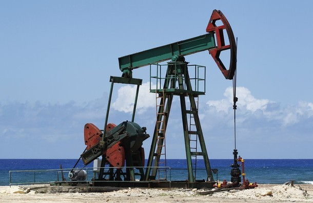 Цены на нефть растут на фоне ожидания шторма у побережья Техаса