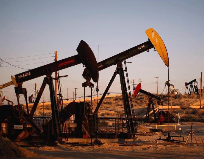 19 октября цены на нефть падают: Brent - ниже $50, WTI идет к $47