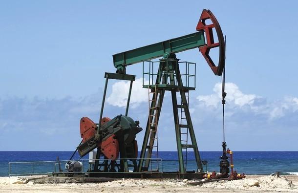 Максимальный обвал на рынке нефти за последние 6 лет - Brent упала ниже $47, WTI - ниже $41