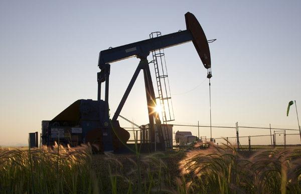 21 марта нефть Brent и WTI выравниваются в цене, стремясь к $40