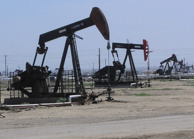 21 октября цены на нефть падают: Brent — ниже $48, WTI идет к $45