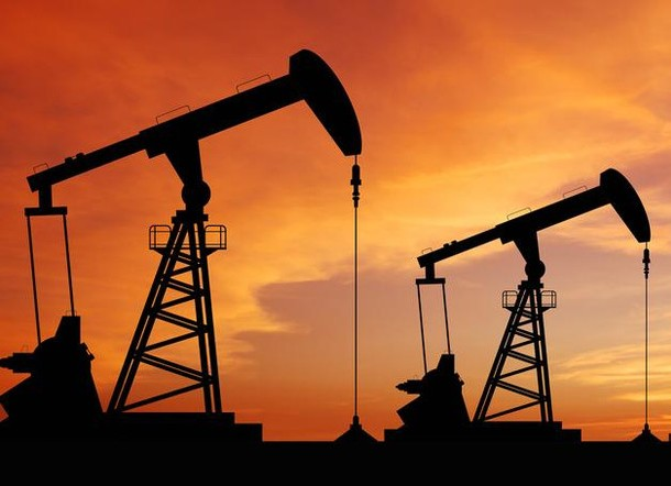 24 февраля на фоне заявлений Ирана и Саудовской Аравии нефть резко падает в цене