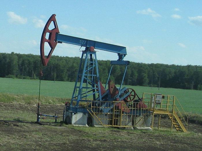 24 августа цены нефть демонтируют многолетние минимумы: Brent упала ниже $44, WTI - ниже $39