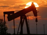 Накануне заседания ОПЕК стоимость основных марок нефти не превышает 80 долларов