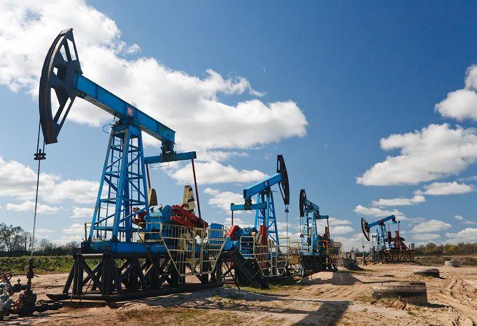 Эксперты прогнозируют падение цен на нефть до 35 долларов за баррель