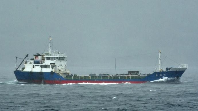 ООН впервые запретила четырем судам заходить во все порты мира