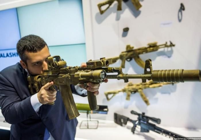 Объем мирового рынка оружия в 2015 году вырос до 65 миллиардов долларов