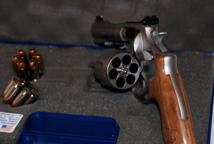 Оружейный бренд Smith & Wesson изменит в декабре свое название