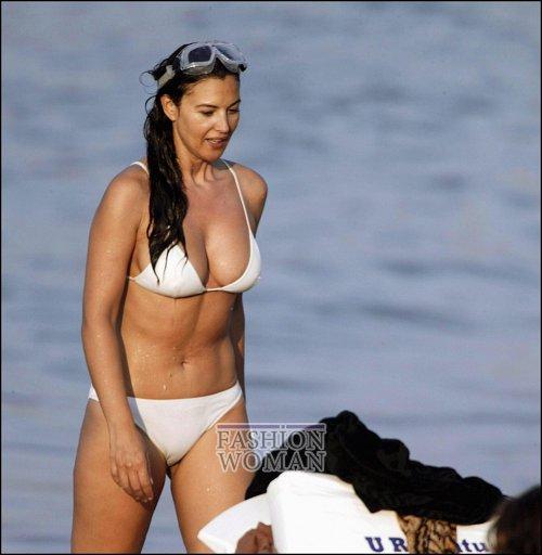 Откровенные снимки знаменитостейво время летнего отдыха