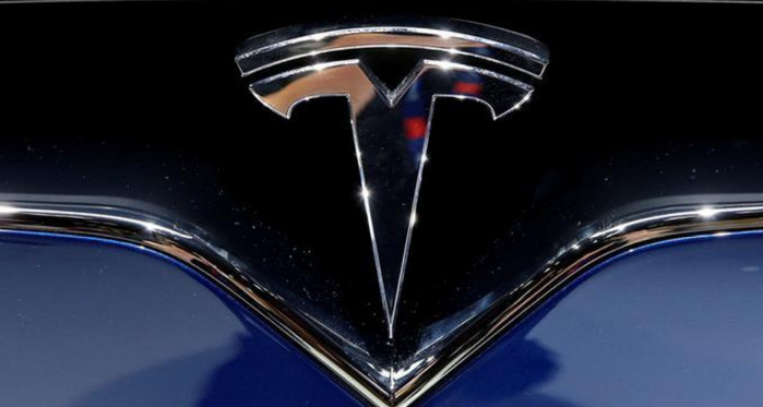 Panasonic инвестирует $ 256 млн в Tesla Motors