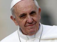 Папа Римский Франциск дал право священникам прощать грех аборта