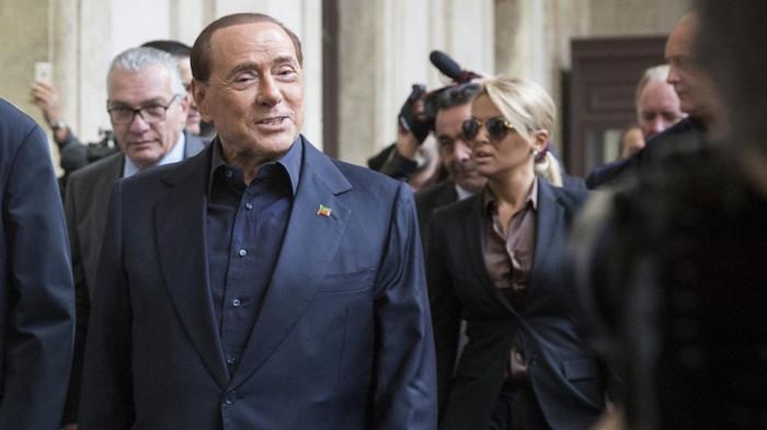 Партия Берлускони идет на выборы, и обещает самые низкие налоги