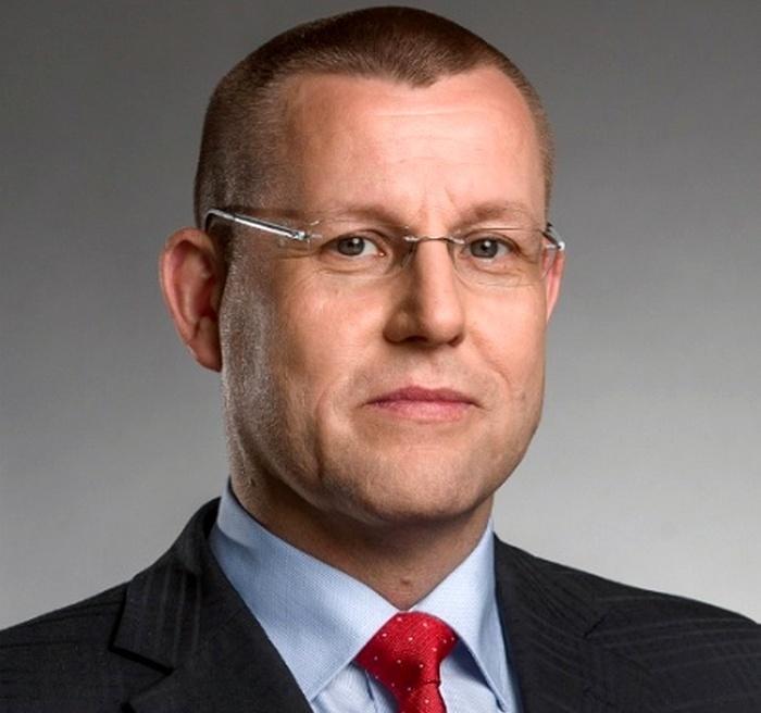 Главой Приватбанка станет банкир из Чехии Петр Крумханзль