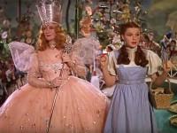 """Платье Джуди Гарленд из """"Волшебника страны Оз"""" продали на аукционе за 1,5 миллиона долларов"""