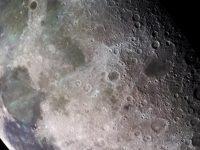 Под поверхностью Луны большие залежи воды, – ученые