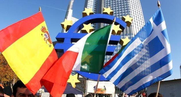 Пойдет ли Испания по пути Греции, - эксперты