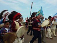 Полиция разогнала индейцев, которые протестуют против строительства нефтепровода в Северной Дакоте
