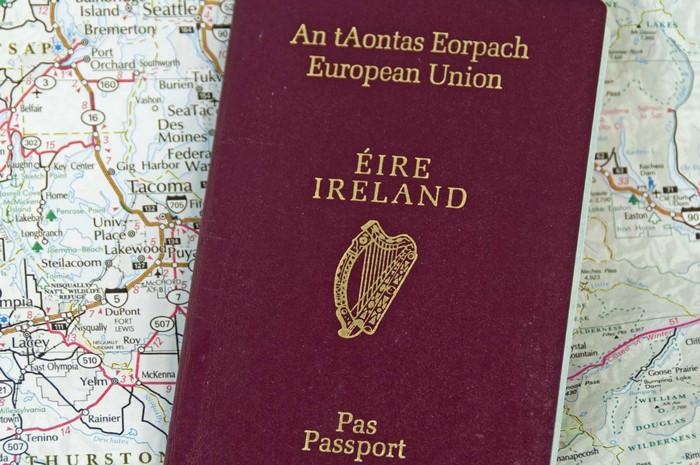 Полмиллиона британцев подали заявку на ирландский паспорт в 2017 году