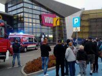 Польша: мужчина с ножом напал на посетителей торгового центра