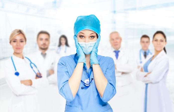 Польша упрощает трудоустройство для врачей из Украины