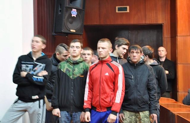 Очередной депутатский цирк: массовая дара депутатов в Полтаве (видео)