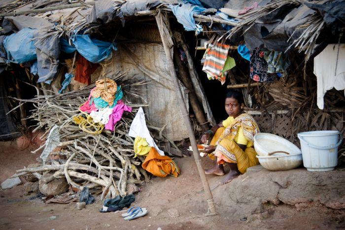 Всемирный банк увеличил минимум порога бедности до 1,9 долларов в день