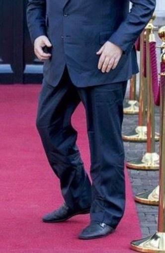 Мятые брюки Порошенко затмили смешные брюки Саакашвили (фото)