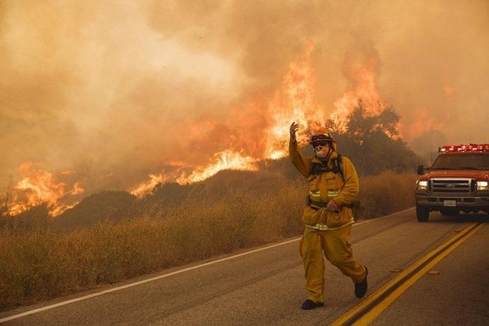 Пожары в Калифорнии: эвакуированы более 80 тыс. человек