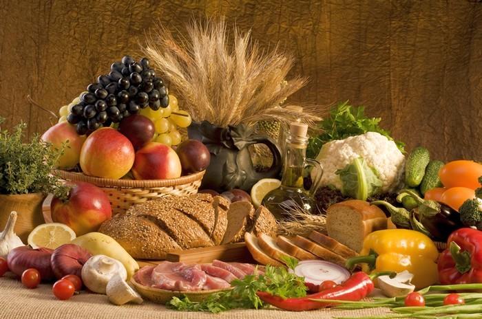 Правительство будет контролировать цены на продукты питания, - Гройсман